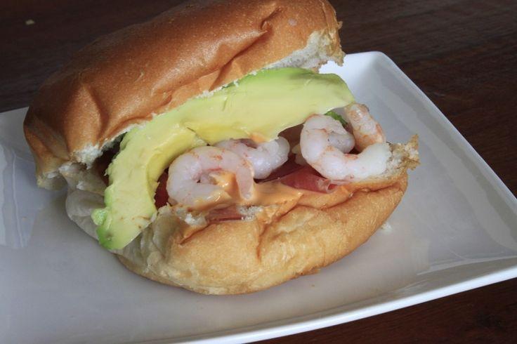 Favoriete vis broodjes garnalen broodje zelf maken #avocado #garnaal #vis #fishfood #brood #shrimp #foodblog #foodinista