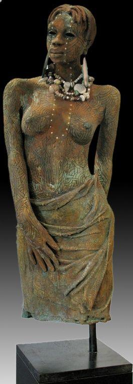 """""""La Rage Galery de la ville d'Akron, OHIO - USA , rassemble une des meilleures collections dans le monde que sont les créations de l'artiste Woodrow Nash .   Ses sculptures céramiques..."""