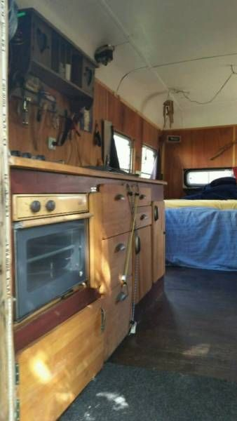 17 best images about bus conversion on pinterest buses converted bus and gypsy caravan. Black Bedroom Furniture Sets. Home Design Ideas