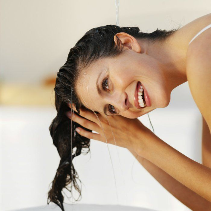 Haare waschen gesund