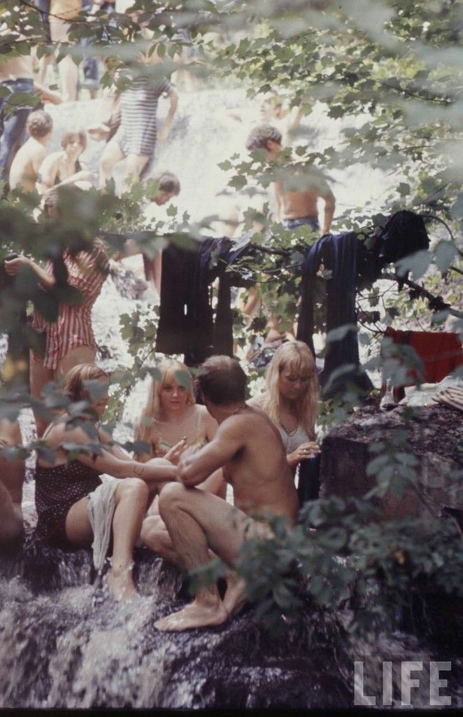 Woodstock 1969 People Doing Drugs | Woodstock 1969