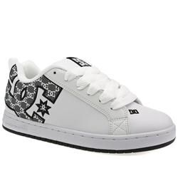 Dcshoe Co Male Court Graffik Se Sn Leather Upper Dc Shoes in White DCSHOE CO Court Graffik Se Sn The Court from DC Shoe Co has been one of their top selling styles for ages. The introduction of the large branded section at the rear adds a totally new dimension on an  http://www.comparestoreprices.co.uk/skate-shoes/dcshoe-co-male-court-graffik-se-sn-leather-upper-dc-shoes-in-white.asp