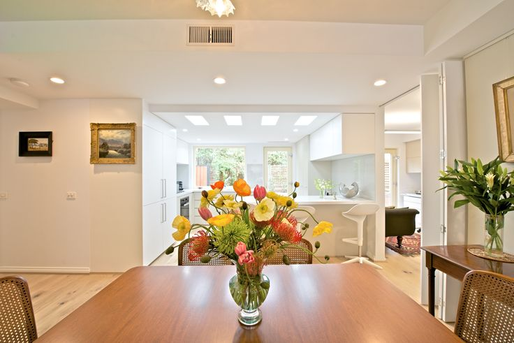 Bordeaux can fully renovate your existing home. We also offer interior design service to suit your needs.