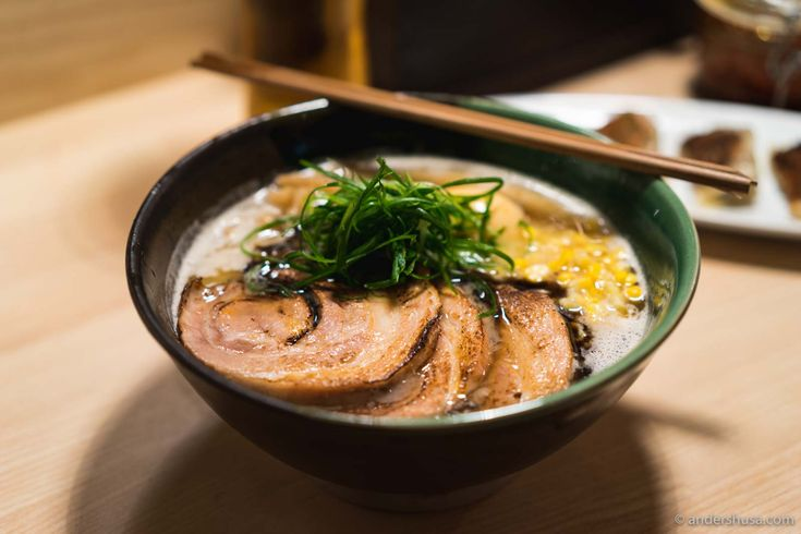 Discover where to eat ramen in Oslo! Koie Ramen is the first proper ramen shop in the Norwegian capital. Please, enjoy this hot Japanese noodle soup!
