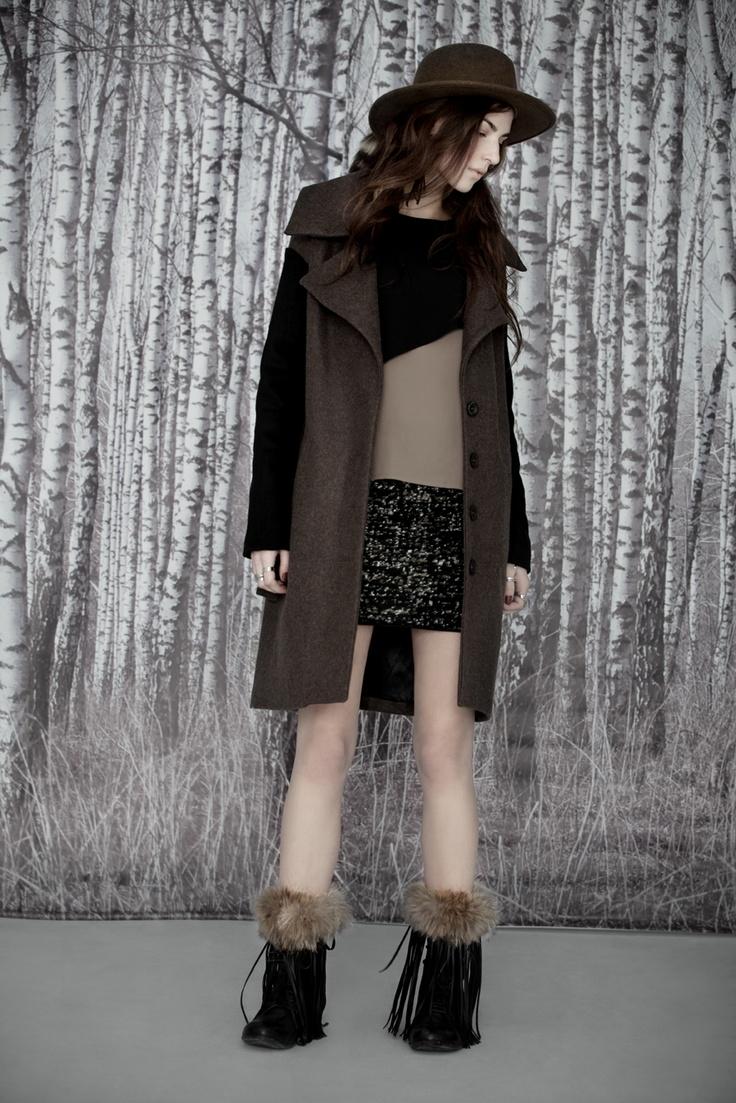 Eve Gravel Top Emiliana, Coat Hunter, Skirt Hold  www.evegravel.com