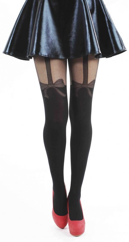 These Net Bow Suspender tights are a chic twist to any outfit and are exclusive to Pamela Mann's Plus Size range.