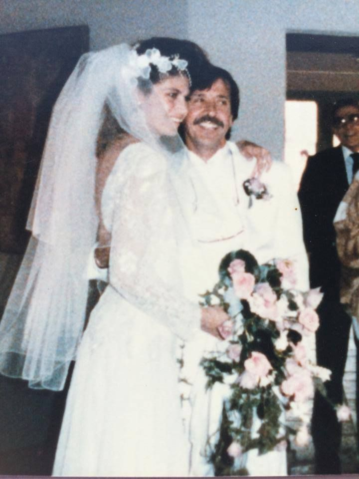 February 1986 Sonny Bono married Mary Whitaker I spotted a beautiful darkhaired young