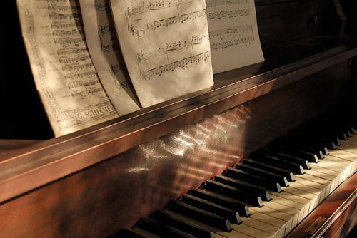 Piano music vintage