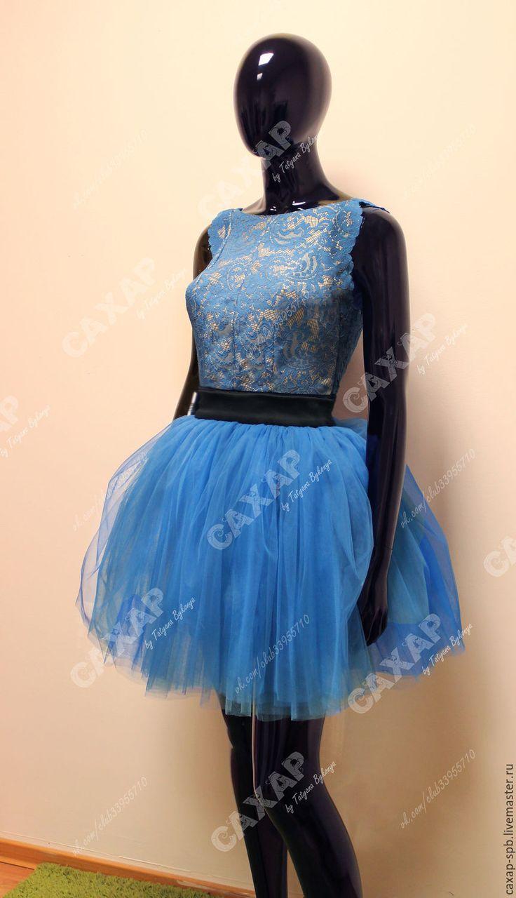 Купить Кружевное платье с пышной юбкой - разноцветный, однотонный, черный бархат, синее кружево
