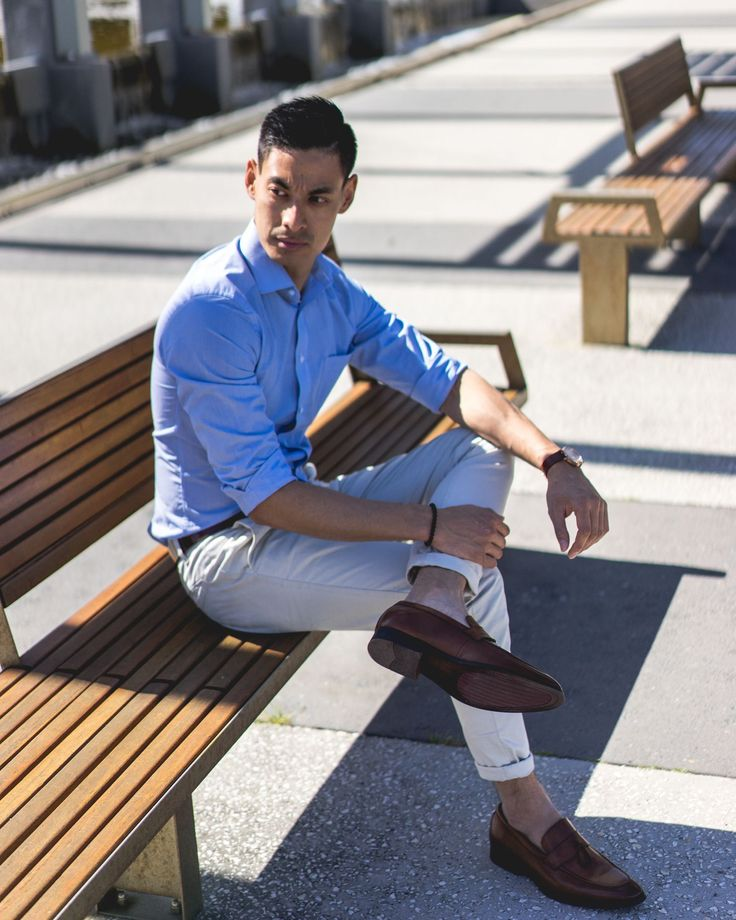 Weekend casual calls for chinos   loafers // Men's Fashion Style and Travel Blog - http://ift.tt/29K1GdU