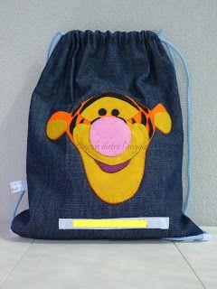zainetto in jeans con applicazione in feltro (Tigro). Ideale per la scuola materna o come borsa per le scarpe da ginnastica.