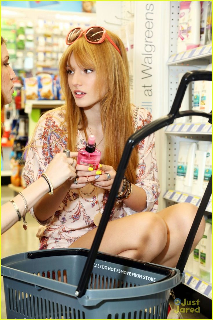 It up bella thorne sports a grown up look in elegant peplum dress - Bella Thorne Loreal Shopper 10 Bella Thorne And Older Sister Dani Pick Up Some Essential