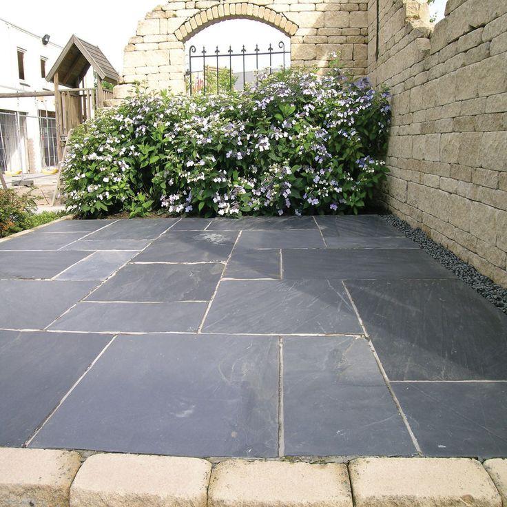 Gray patio stone google search gardens patios for Blue slate garden designs