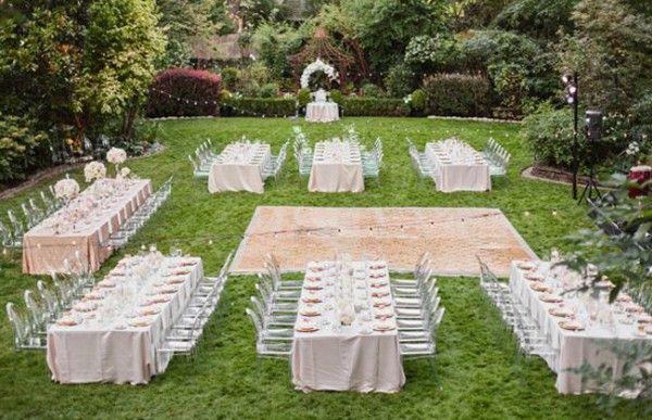 outdoor Garden wedding long table reception _Amanda K Photography