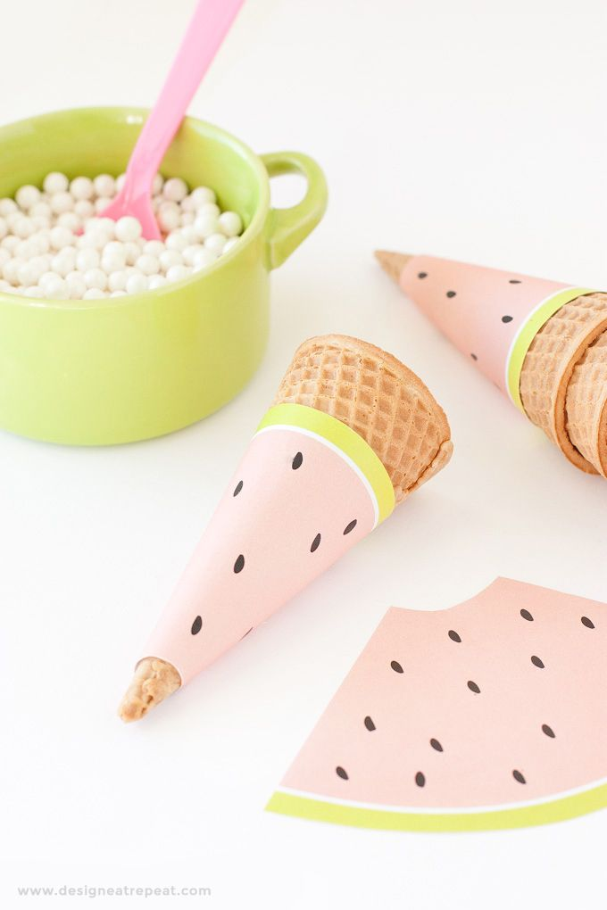 Imprimible papel para cucuruchos inspirado en sandías  Free Printable Watermelon Icecream Cone Wrappers - Perfect for summer or fruit-themed parties! Download at Design Eat Repeat