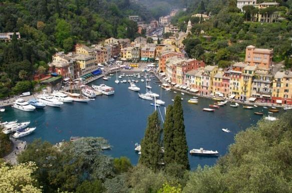 Portofino is the paradise.  ポートフィーノベイ  東京ディズニーシー、オーランドのユニバーサルスタジオもこちら本家本元はイタリアです。