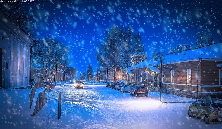Lappeenrannan linnoitus - linnoitus valo valot katu kuja valaistus yövalaistus talvi talvinen yö hämärä pimeä ilta lumi luminen lumisade