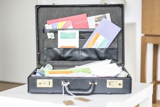 Geldgeschenke im Koffer (Reise)
