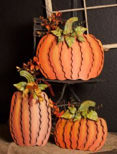 These festive metal pumpkins are perfect for your front porch, in the yard, or even in your foyer! Make sure you show off your holiday spirit!
