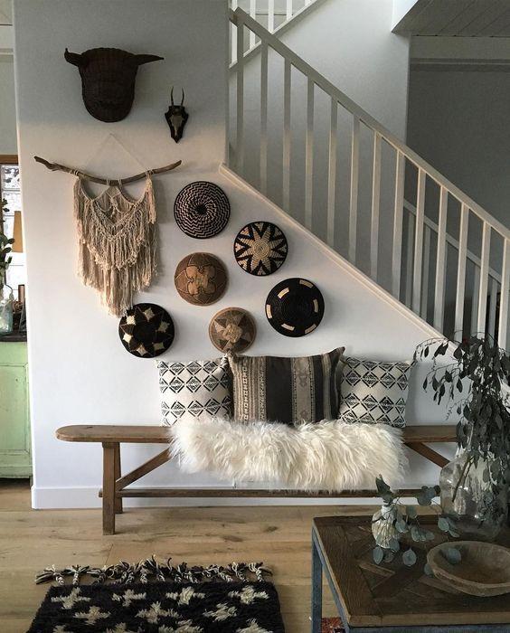 Comment bercer un mur de paniers décoratifs à la maison et où les acheter