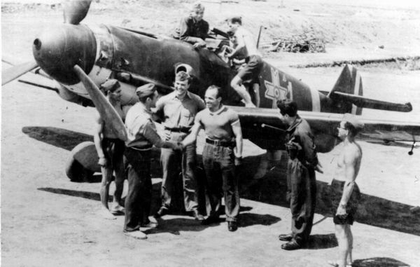 Romanian Ace Alexandru Serbanescu and his Bf-109 G2.