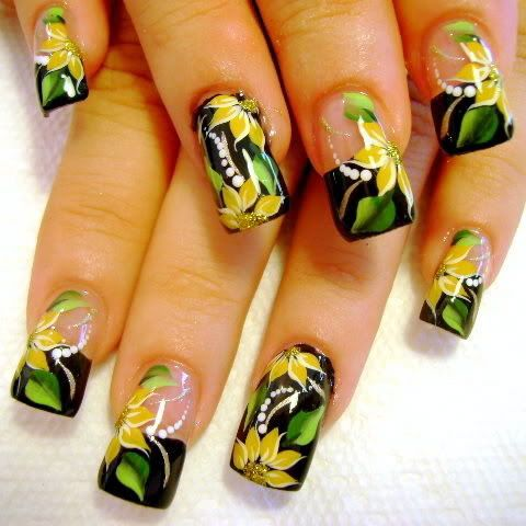 Tropical: Yellow Flowers, Nails Art Ideas, Nailart, Nails Design, Naildesign, Funky Nails Art, Nails Art Design, Flowers Nails, Flowers Design