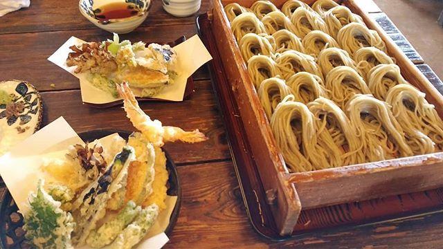 新潟に来たからにはへぎそばを食べるのであります