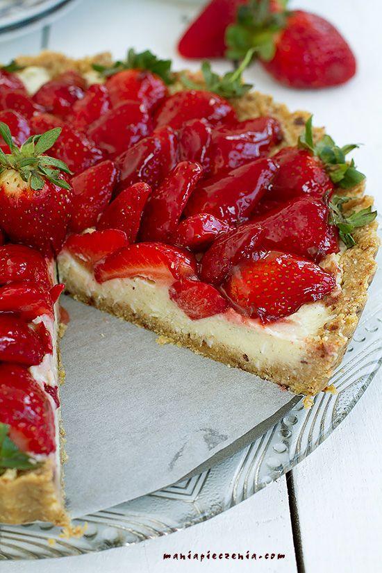 Zdrowa tarta z truskawkami, tarta z truskawkami fit, tarta z truskawkami bez pieczenia, wege tarta z truskawkami bez glutenu, budyń jaglany kokosowy, millet custard, vegan strawberry tart gluten free, no bake vegan strawberry tart,