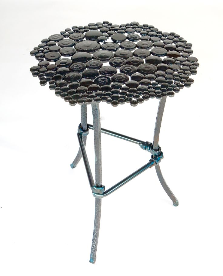 Anadora Lupo metal sculpture - little side table