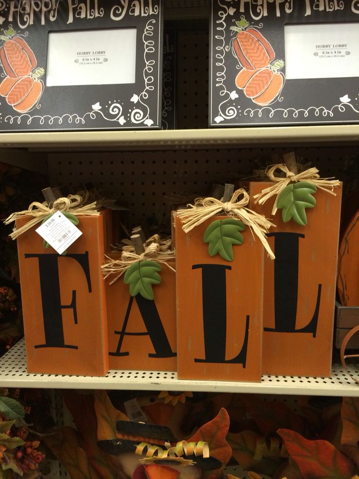 pallet projects for fall. cute fall blocks that i think could make pretty easily! pallet projects for