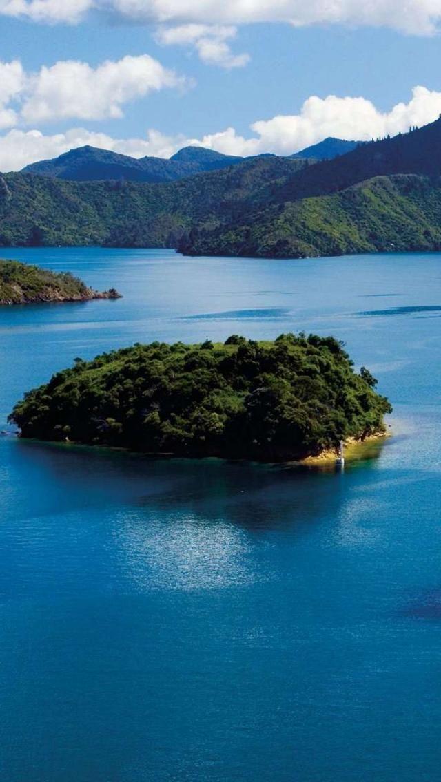 Malborough Sounds, South Island, New Zealand
