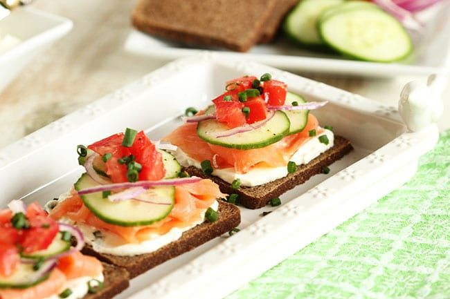 Smoked Salmon Canape with Whipped Chive Cream Cheese   The Suburban Soapbox #brunchweek