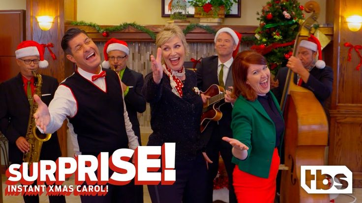Jane Lynch & Kate Flannery Sing Click, Click, Click Christmas | SURPRISE! INSTANT XMAS CAROL! | TBS.