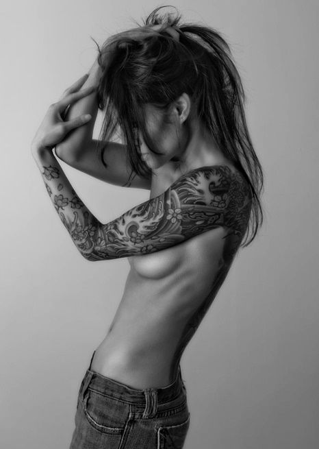 bras femme repinned by tattoos pinterest irezumi sleeve tattoo. Black Bedroom Furniture Sets. Home Design Ideas