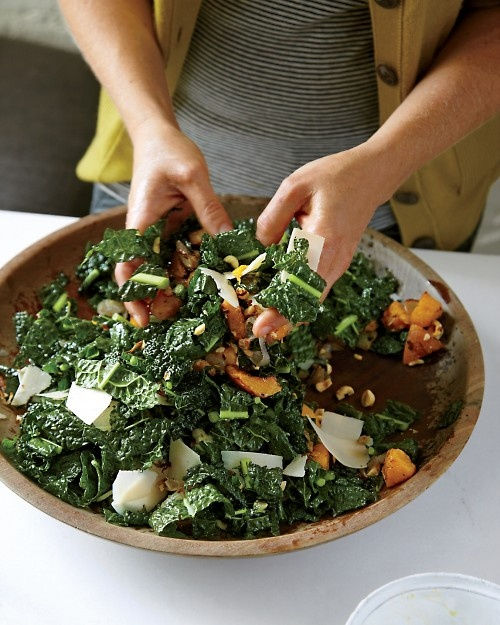 Lacinato Kale Salad with Roasted Squash -this salad is yummy and ...