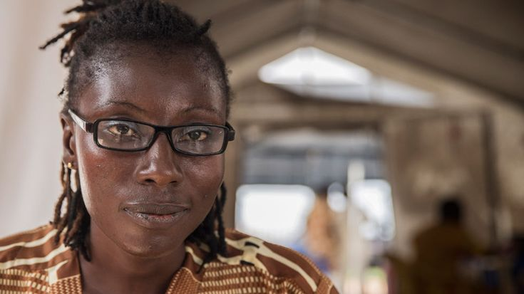 Bentu, de superviviente de ébola a psicóloga de pacientes, Noticias 24 horas online, completo y gratis en A la Carta. Todos los informativos online de Noticias 24 horas en RTVE.es A la Carta