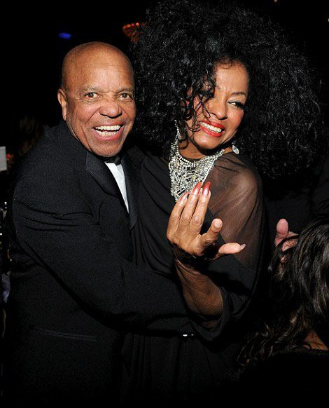 Diana Ross love and kissing compilation @ www.wikilove.com