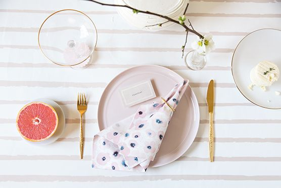 How To: Host the Prettiest Spring Brunch