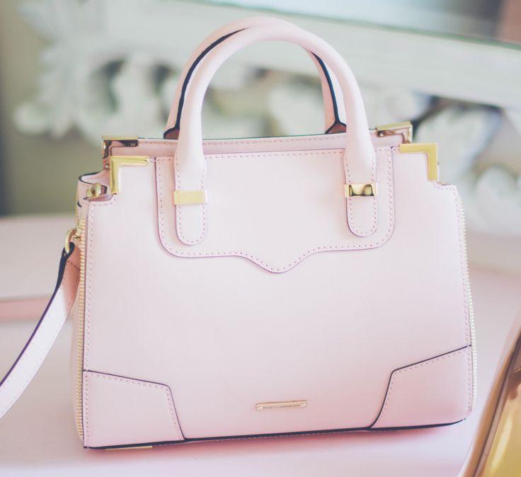 Pretty Bags Fashion Dresses