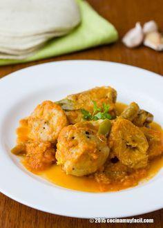 Pollo guisado con plátano macho. Receta   Cocina Muy Fácil   http://cocinamuyfacil.com