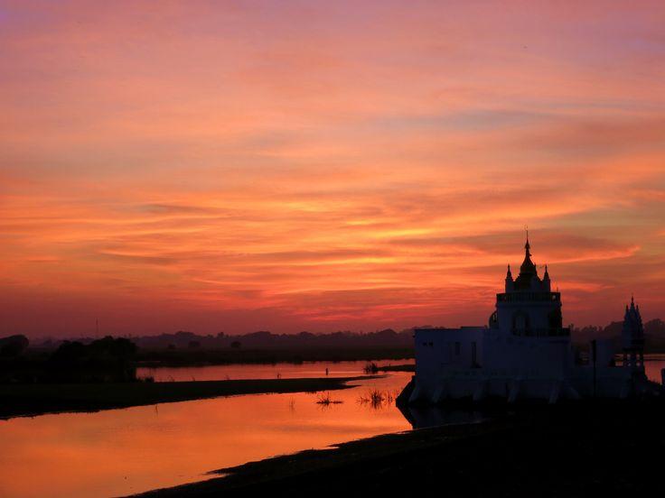 Amazing Sunset in Amarapura - close to Mandalay