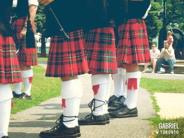 Les 36 meilleures images du tableau monnaies du monde sur for Pourquoi ecossais portent kilt