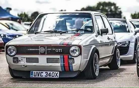 Golf MK2 with Martini Racing stripes
