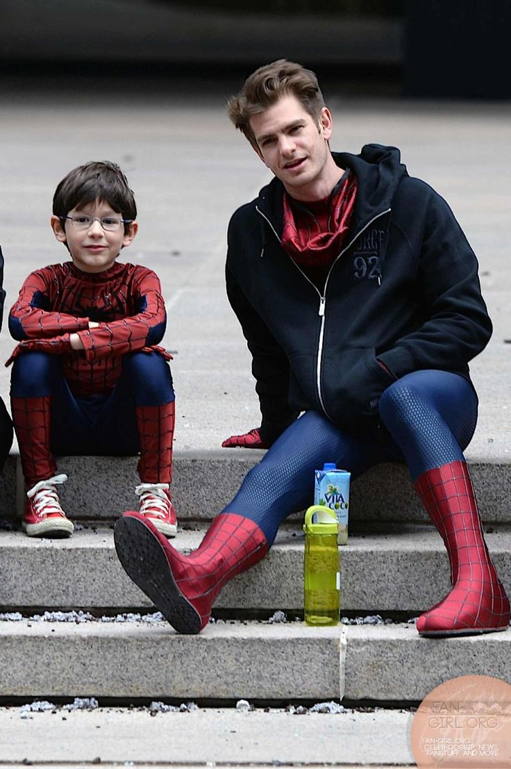 Andrew Garfield, just chilling out with a tiny Spiderman.