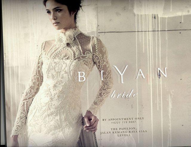 kebaya biyan dewi by Dini Swastiana, via Flickr