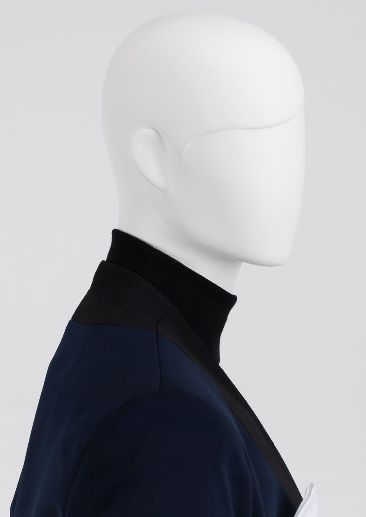 VERDI is our line of male mannequins where the classic meets simplicity. The mannequins from VERDI line have sculpted regular faces and sculpted timeless hair style. This, together with dynamic posture, makes the collection stand out. #MaleMannequin #menstyle #pockethandkerchief