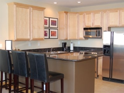 Fully Equipped, Gourmet Kitchen With Eat In Bar