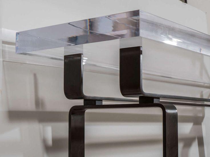 Üveg asztal