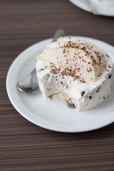 Mousse bavaroise à la poire et au chocolat