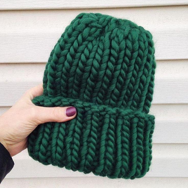 Безупречный зеленый Шапочка из пряжи #KeepCalmThisWool цвета #GreenVelvet